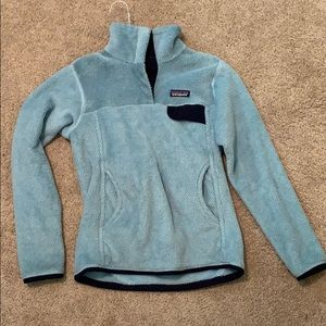 Light blue Patagonia pull over women's size small